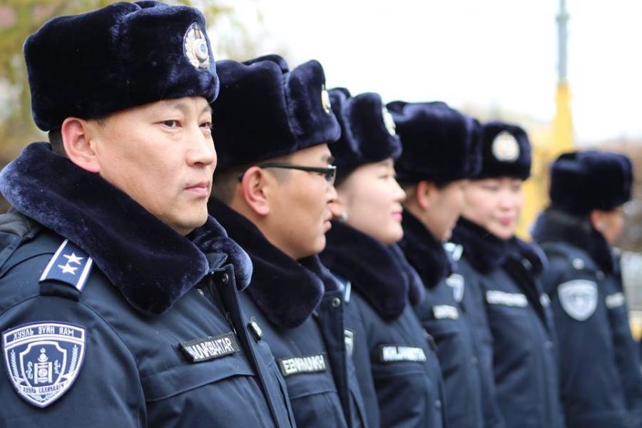 Цагдаагийнхан өндөржүүлсэн бэлэн байдалд ажиллаж байна