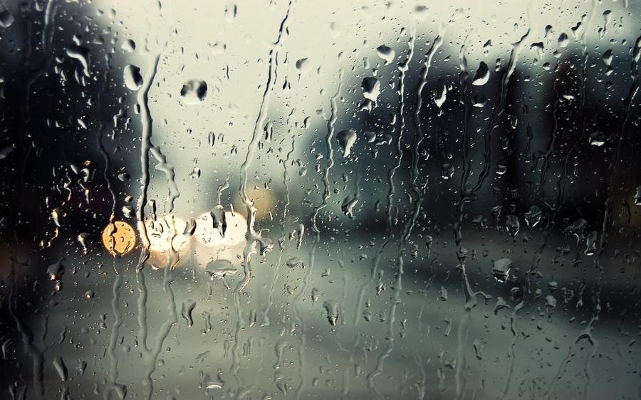 Улаанбаатар хотын зүүн хэсгээр бороо орно
