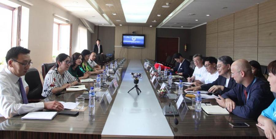 """Баянзүрх дүүрэгт НҮБ-ын """"Schools for Asia"""" хөтөлбөр хэрэгжинэ"""