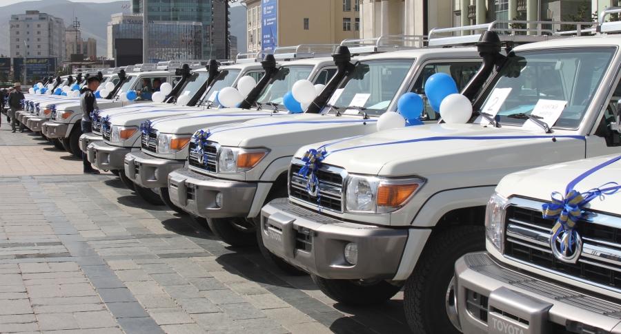 Тусгай хамгаалалттай газруудад бартаат замын 15 автомашин хүлээлгэн өгөв