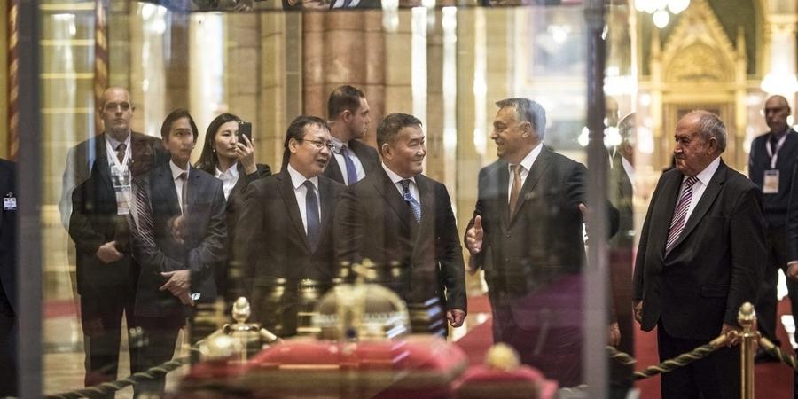 Ерөнхийлөгч Х.Баттулгад Унгар Улсын Ерөнхий сайд В.Орбан бараалхлаа