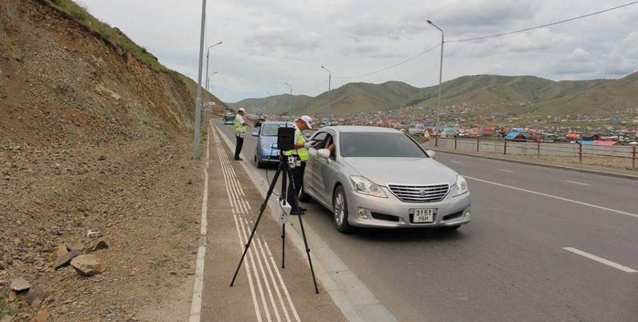 Дүрэм зөрчөөгүй жолоочийн зөрчлийн оноог урамшуулна