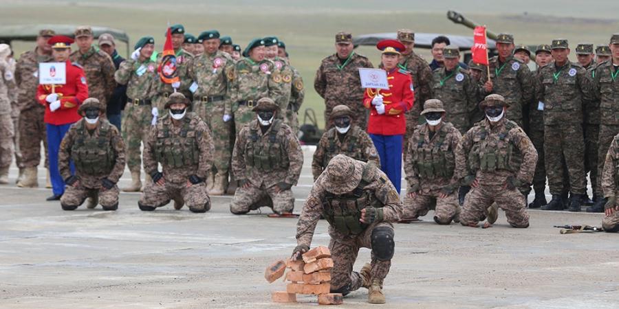 """Цэрэг-спортын """"Дөл"""" тэмцээнд Дорноговь аймгийн баг тэргүүллээ"""