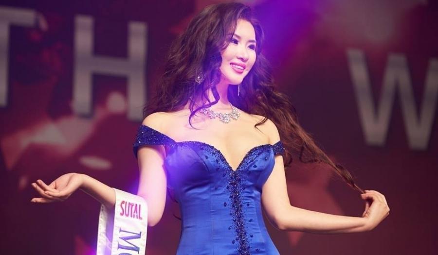 """""""Мисс Монголиа-2017""""-ийн ялагчаар А.Сайхантамир шалгарлаа"""