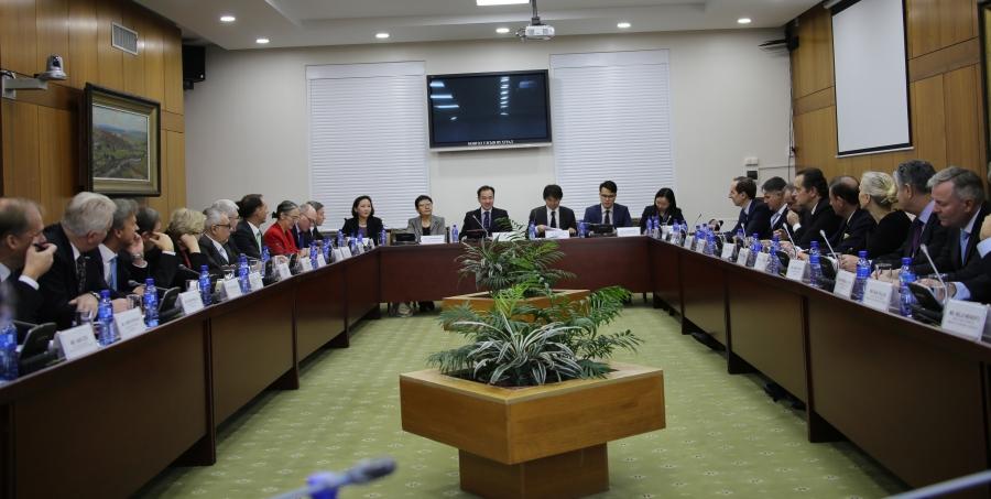 ГХ-ны сайд Д.Цогтбаатар Европын Холбоо болон түүний гишүүн орнуудаас Монголд суугаа Элчин сайд нартай уулзав