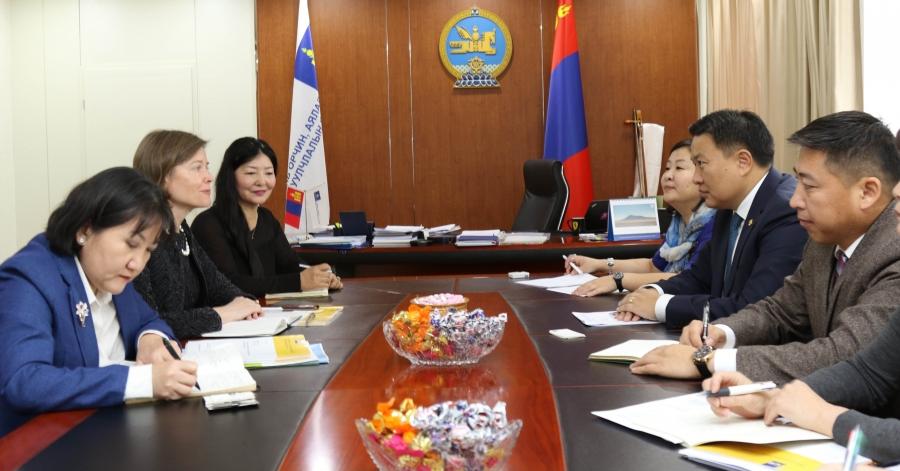 Н.Цэрэнбат сайд АХБ-ны Монгол дахь суурин төлөөлөгчтэй уулзлаа
