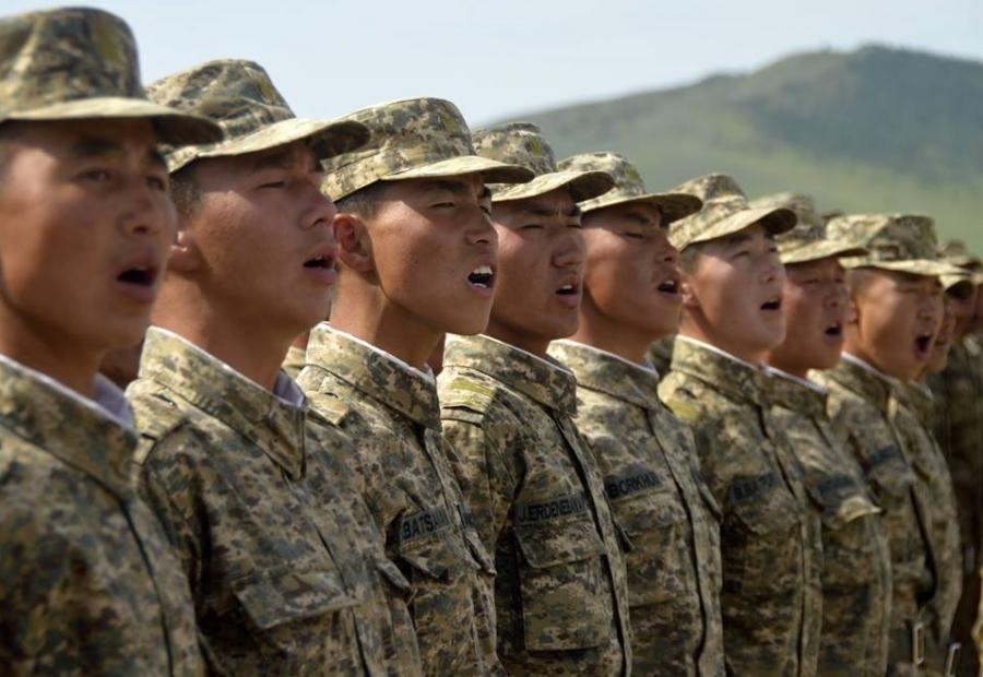 Цэргийн бүртгэлээ амжиж хийлгэхгүй бол торгууль төлнө