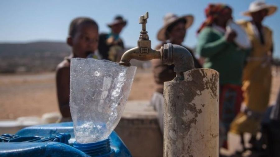 Усны үнэ цэнийг мэдэхгүй Монголчууд урсгасаар