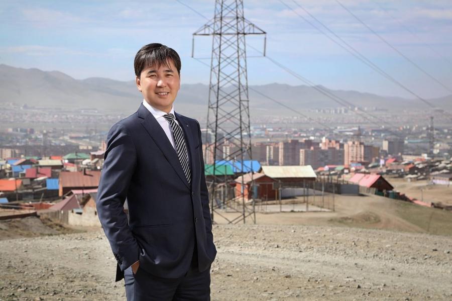 М.Халиунбат: Улаанбаатар хотыг хүнд биш машинд зориулсан хот болгож байна
