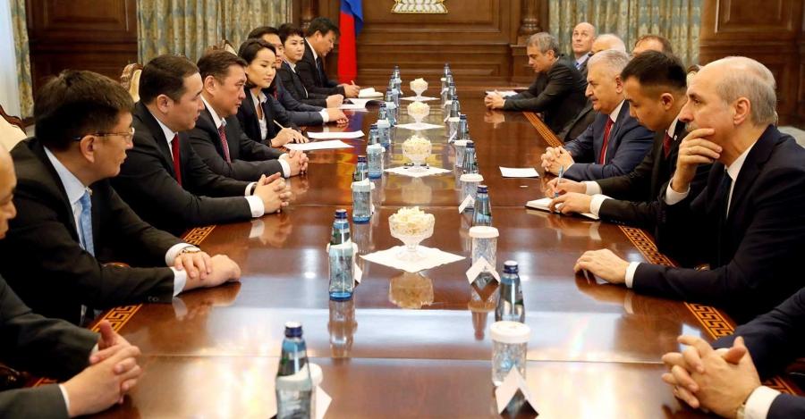 Монгол дахь турк сургуулиудыг Туркийн талд шилжүүлэх асуудлыг хөндлөө