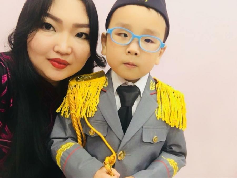 Н.Энхзаяа: Хүүгийнхээ авьяасыг хөгжүүлж, хүсэл мөрөөдлийг нь биелүүлмээр байна