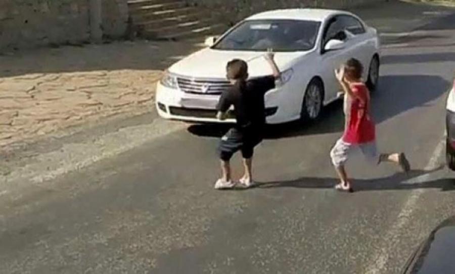 """Хүүхдийг нь машинаараа дайрчихаад """"Хохь чинь 400 мянган төгрөг өгье"""" гэжээ"""