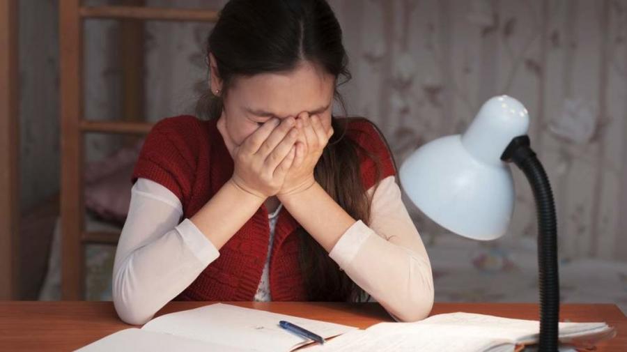 Хүүхдүүдийн 58 хувь нь сэтгэлзүйн хямралтай гэх судалгааг гаргажээ