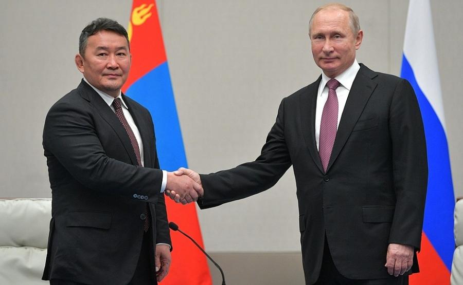 Ерөнхийлөгч Х.Баттулга, В.Путинд баярын илгээлт явууллаа