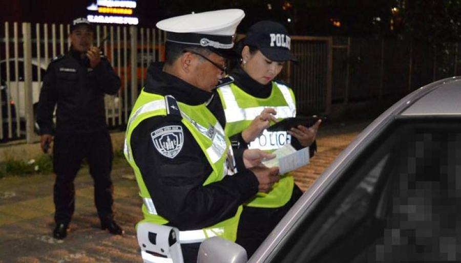 Согтуугаар тээврийн хэрэгсэл жолоодсон 33 жолоочид баривчлах шийтгэл ногдуулав