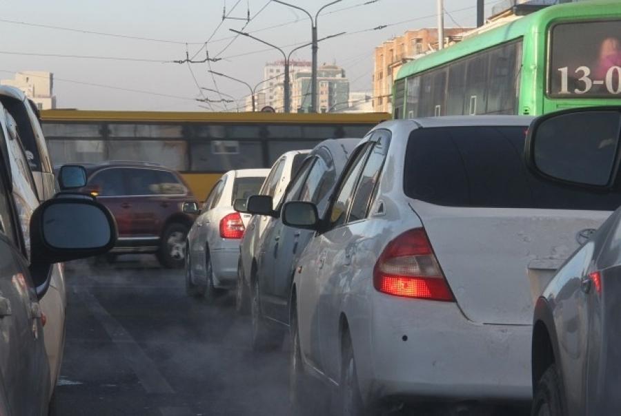 Хар утаа хаядаг автомашинуудыг замын хөдөлгөөнд оролцуулахгүй