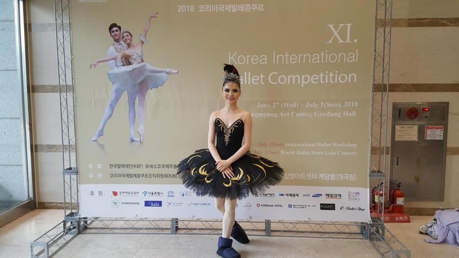 Балетийн олон улсын тэмцээнээс Монгол эмэгтэй бүжигчин анх удаа алтан медаль хүртлээ