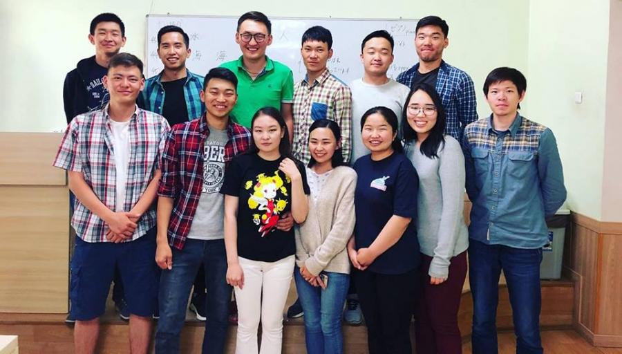 """""""Тошиба"""" компани Монголын 13 залууг ажилд урьжээ"""