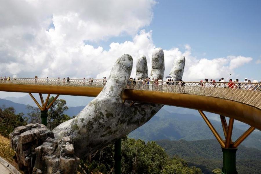 ФОТО: Вьетнам дахь гайхалтай гүүр
