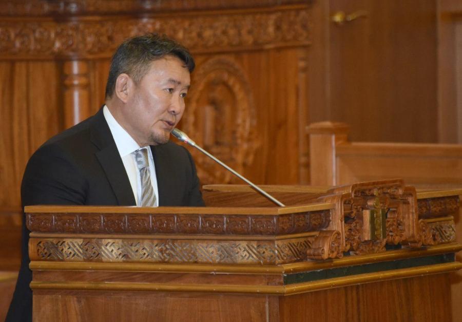 Төрийн албаны зөвлөлийн даргыг ажлаас нь чөлөөлөх санал хүргүүлэв