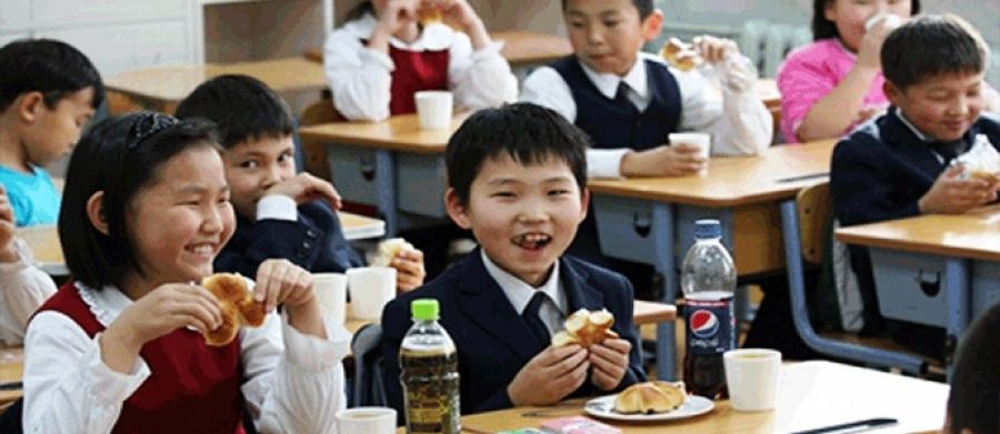 Сургуулийн орчинд хийжүүлсэн ундаа, чипс зарахыг хориглоно