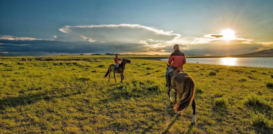 Аялахад тохиромжтой улсаар Монголыг нэрлэв