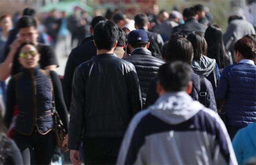 Судалгаанд оролцогсдын 77 хувь нь Монголын эрэгтэйчүүдийг доогуур үнэлжээ