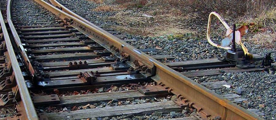 Төмөр замд ноцтой осол гарч хүний амь эрсэджээ