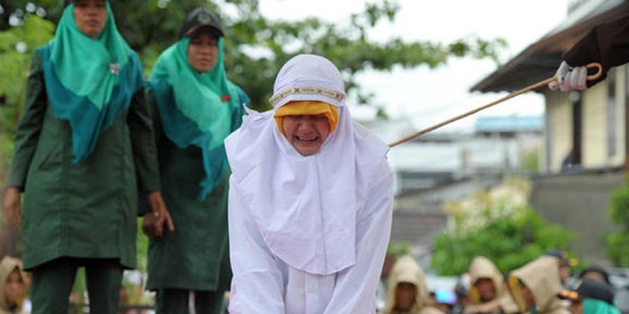Бруней шариатын хуультай болжээ