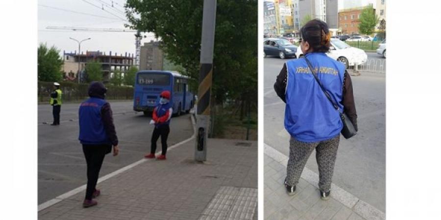 Автотээврийн хяналтын улсын байцаагчид автобусны зогсоолуудад ажиллаж байна