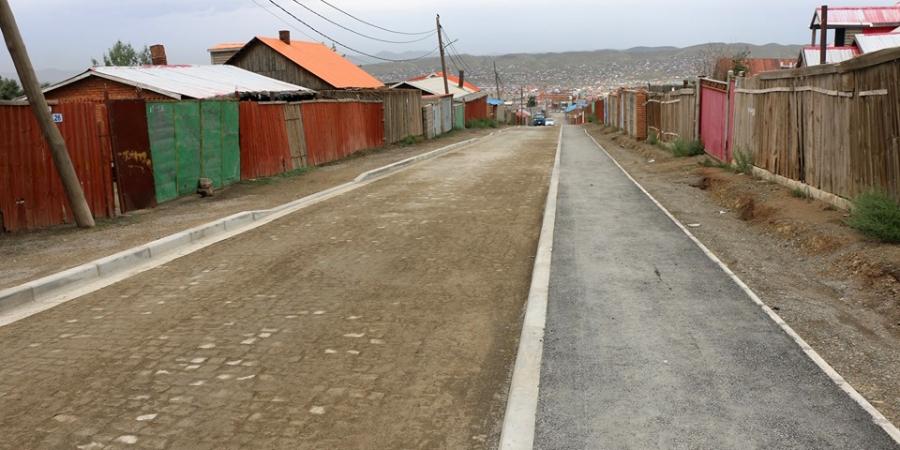 Баянхошууны эцсийн буудлаас 10 дугаар хороо хүртэлх 0,8 км авто замын барилгын ажил дууслаа