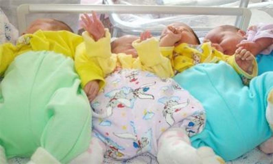 ЭХЭМҮТ:Дөрвөн ихэр хүүхэд төрөөгүй