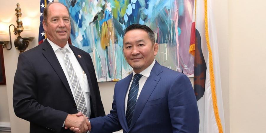 АНУ-ын Сенатын гишүүн Тэд Иохо Монгол Улсын Ерөнхийлөгч Х.Баттулгад бараалхжээ
