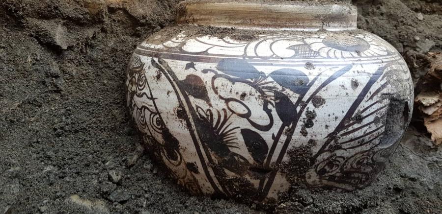 700-800 жилийн тэртээ мөнх цэвдэгт тэс хөлдүү хадгалагдсан өрөм, шар тос олджээ