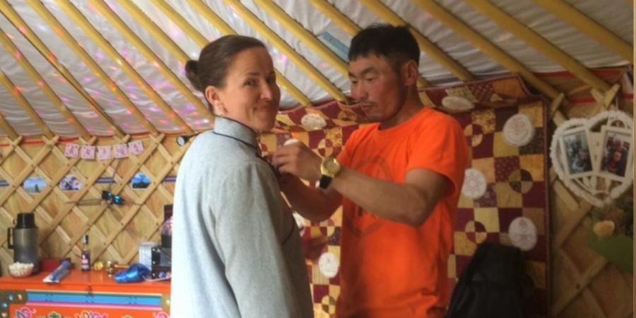 Люсинда Эми Скот: Бид Монгол орноос явахаас өөр аргагүй болж байна