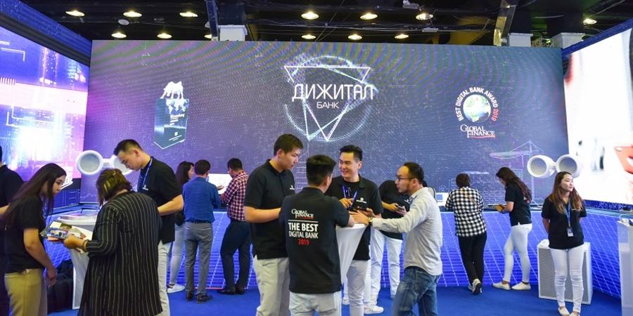"""Дижитал банкны үйлчилгээгээр тэргүүлэгч Голомт банк """"ICT Expo 2019"""" үзэсгэлэнд оролцлоо"""