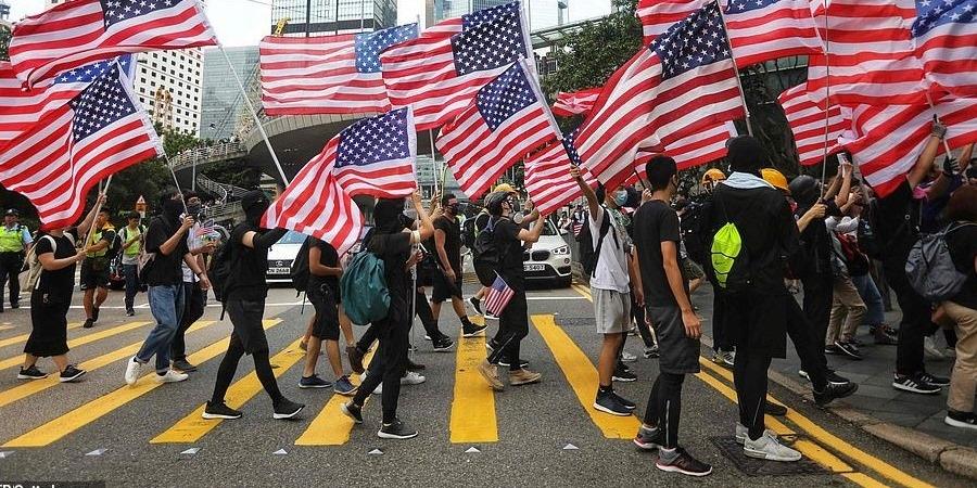 Хонгконгийг дэмжсэн хуулийг буруушаав