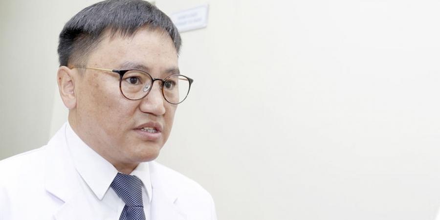 Дэлхийд данстай Ж.Чинбүрэн эмчийг Монголын төр ''мартсан'' уу
