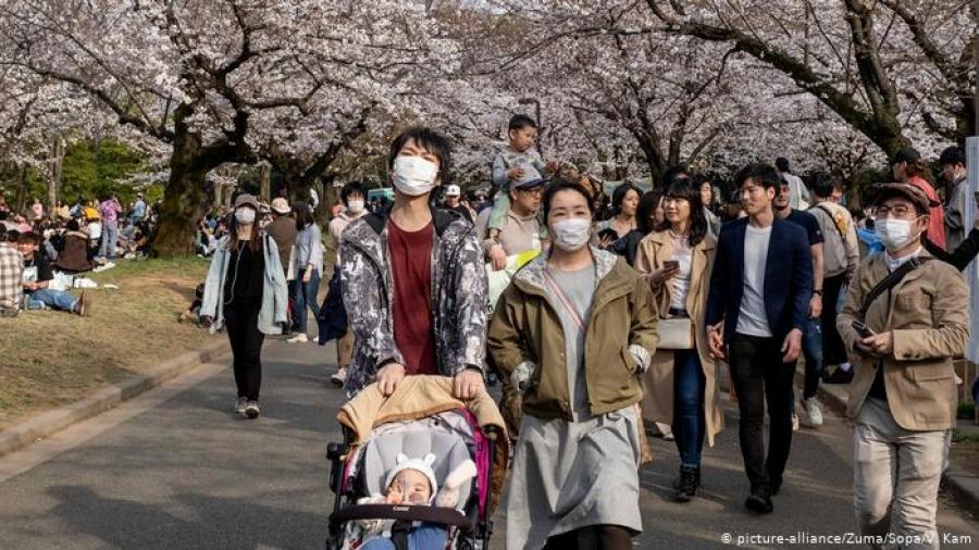 Шинзо Абэ зарим орны иргэдийг Японд ирэхийг хориглов