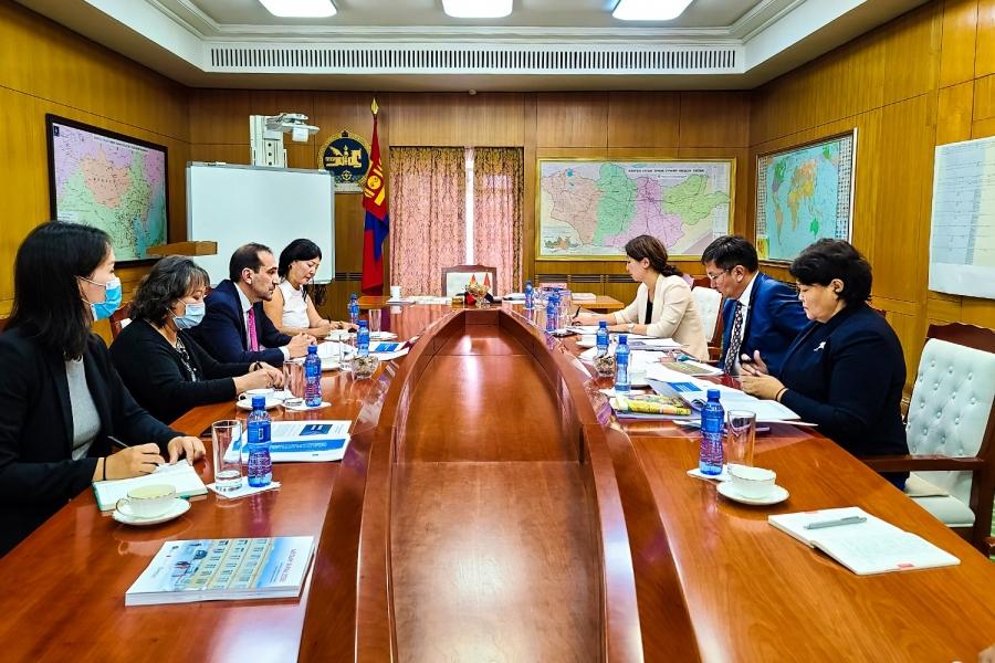 Дэлхийн банкны цар тахлын онцгой байдлын сангаас Монгол Улсад 1 сая ам.долларын буцалтгүй тусламж үзүүлнэ