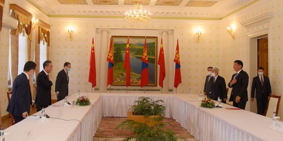 Ерөнхий сайд У.Хүрэлсүхэд БНХАУ-ын Төрийн зөвлөлийн гишүүн  Ван И бараалхав