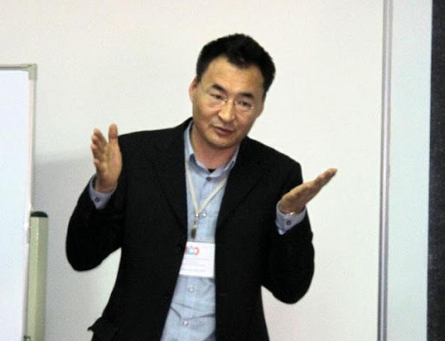 Л.Мөнх-Эрдэнэ: Үндсэн хуулийн нэмэлт өөрчлөлтөөр Монгол Улс хоёр Ерөнхийлөгчтэй орон шиг болсон