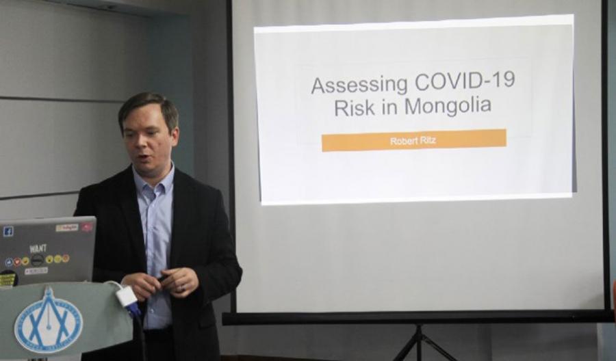 """Дата шинжээч: """"COVID-19""""-ийн нэг тохиолдол 20 хоногт 148 хүнд халдах магадлалтай"""