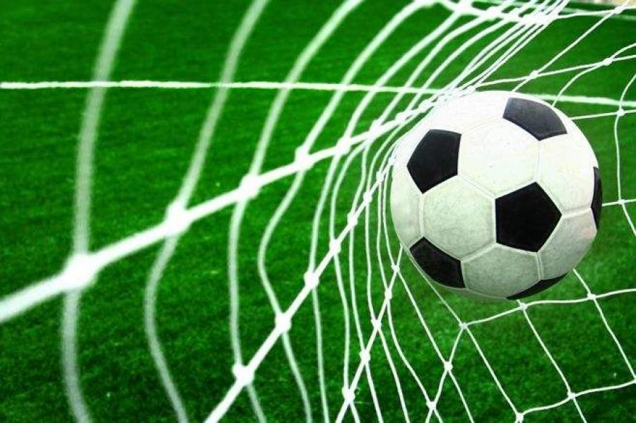 Чехийн цагдаа нар хөлбөмбөгийн авлигын хэрэгт холбогдуулан шалгахаар 20 хүнийг саатуулжээ