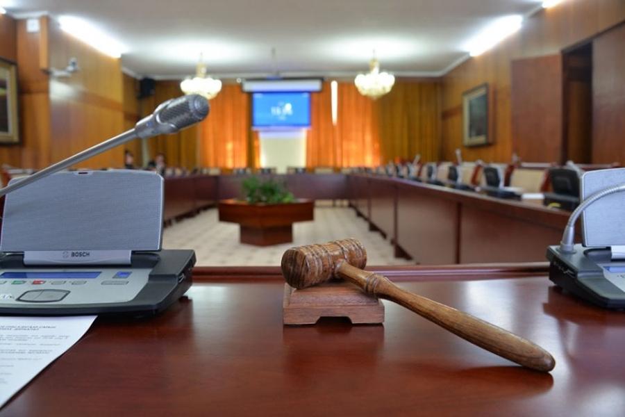 Нийгмийн даатгалын шимтгэл төлөгчийг торгох шийтгэл, алдангиас чөлөөлөх тухай хуулийн төслийг хэлэлцэнэ