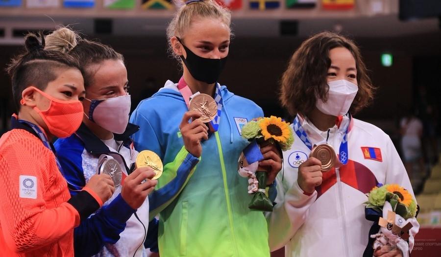У.Хүрэлсүх: Алтын дайтай хүрэл медаль хүртсэнд халуун баяр хүргэе