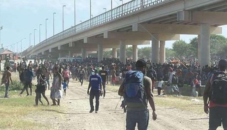 АНУ-ыг зорьсон Латин Америкийн дүрвэгчдийг буцаана