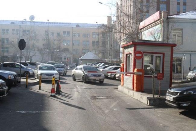 Хууль бусаар мөнгө авдаг авто зогсоолуудыг хяналтандаа авъя
