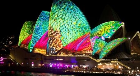 """""""Гэрэлт Сидней""""  гэрэл болон хөгжмийн наадам"""