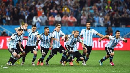 Аргентиний шигшээ баг 1990 оноос хойш анх удаа финалд шалгарлаа